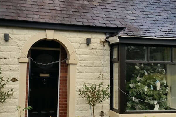 new_fit_bury_manchester_roofing_home_improvements_soffit_bargeboard_fascia_repair_maintenance_gallery-17
